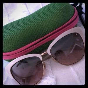 Kate Spade  ♠️ Cat eye sunglasses 🕶